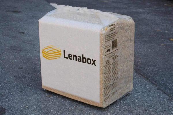 Lenabox Strohballen in Packungen von 8 kg